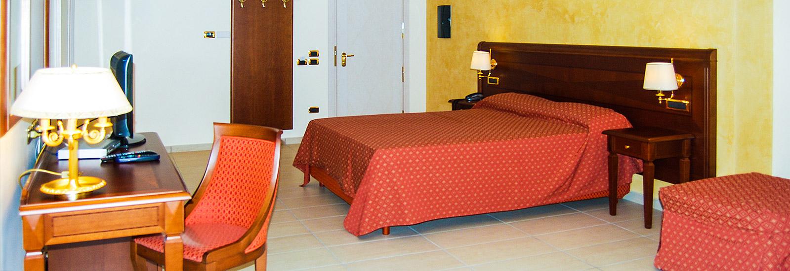 Hotel Acerra